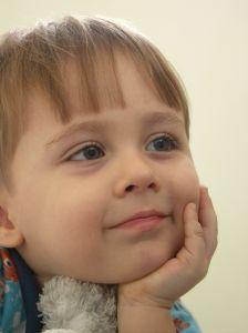 child-thinking-image