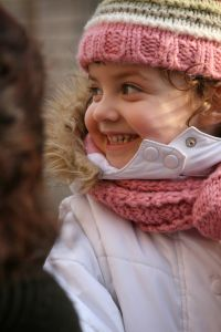 little-girl-pink-scarf-hat-image
