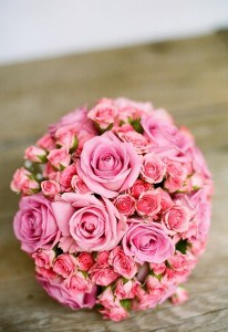 beautiful-ball-pink-bouquet-image