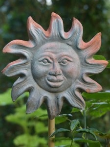sunburst-yard-ornament-image