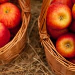 brown-baskets-of-apples-image