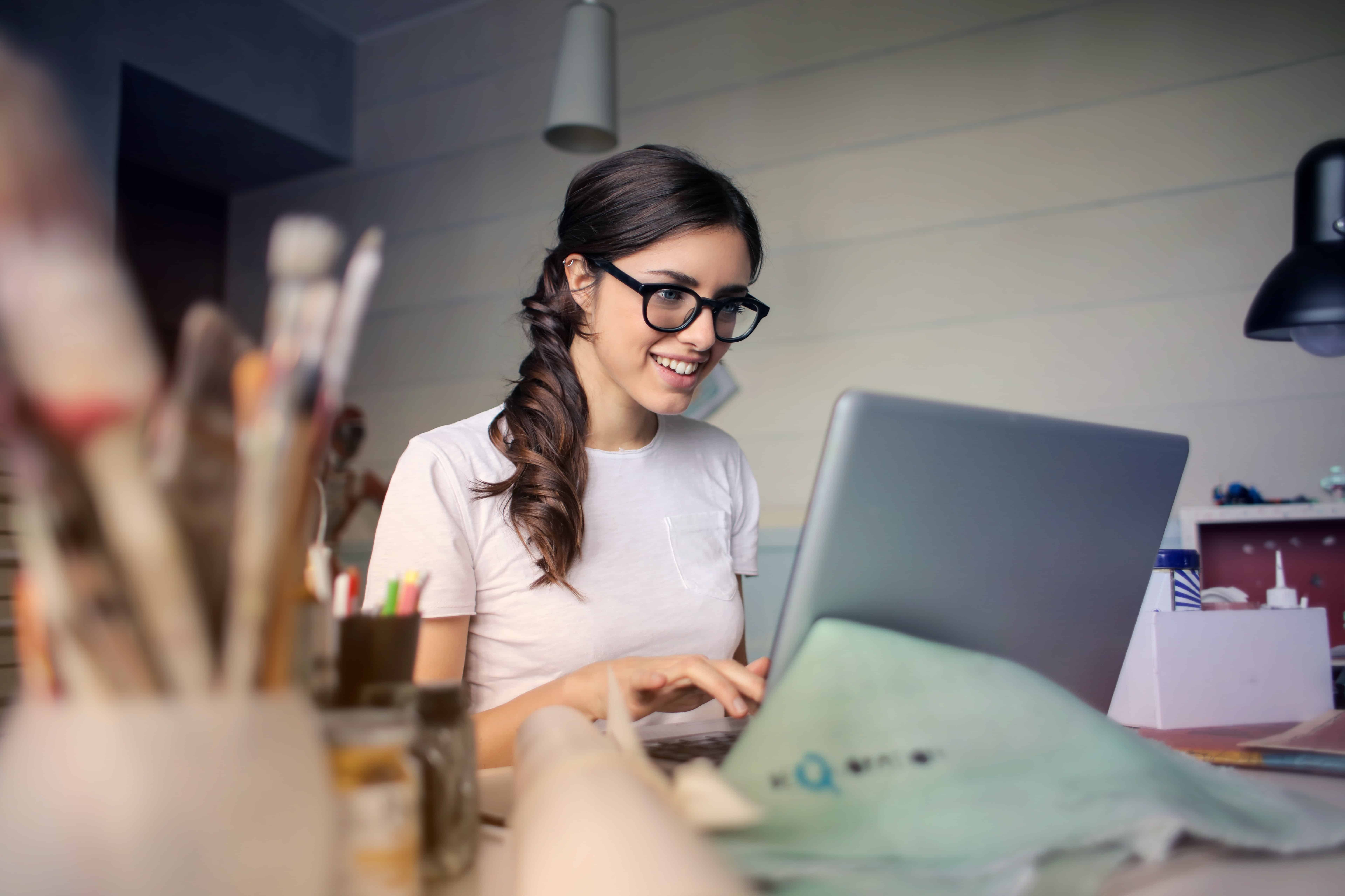 Work at Home Customer Service Jobs with Muse Paintbar